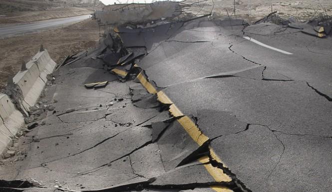 China-Earthquake-665x385China Earthquake Rocks Theホータン Xinjiang Region