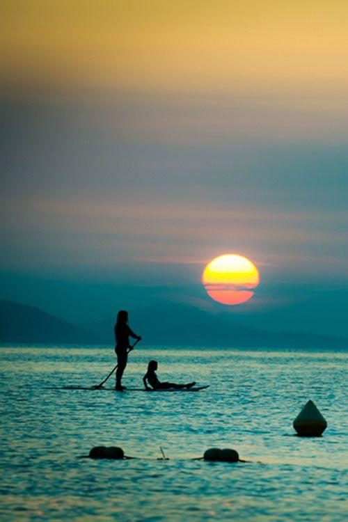 67-paddle-boarding-in-paradise-1037f4df-sz400x600-animate_2013111715463493f.jpg