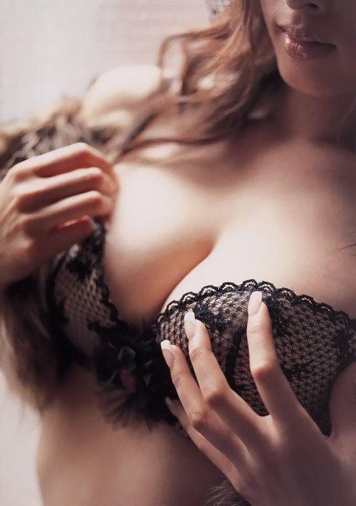 lingerie-makes-me-happy-20.jpg