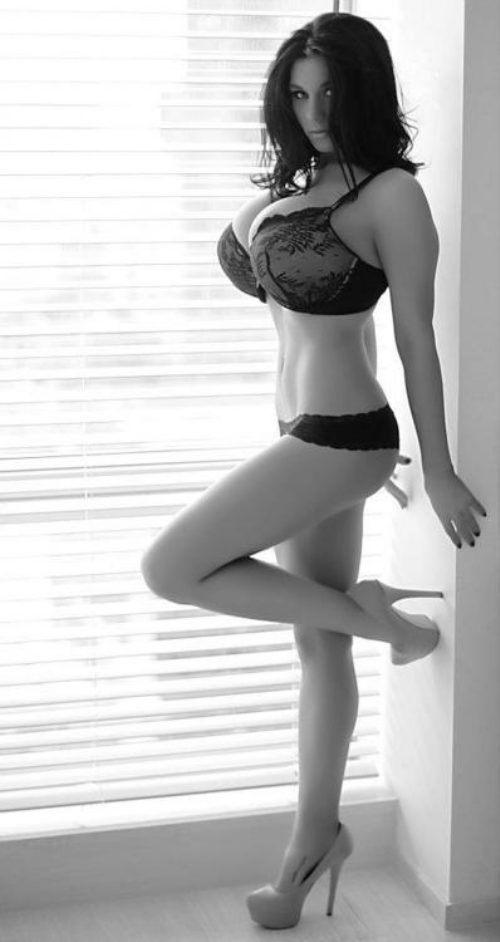 lingerie-makes-me-happy-21.jpg