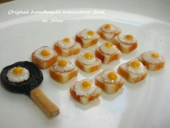 目玉焼き食パン35
