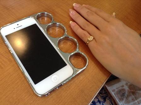 携帯とリング