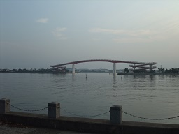 7-19赤い橋