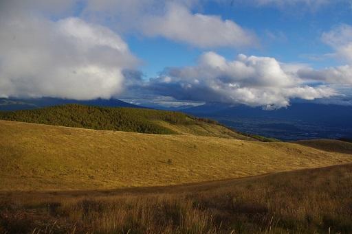 10-28雲が近い山1