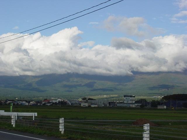 23鳥海山雲