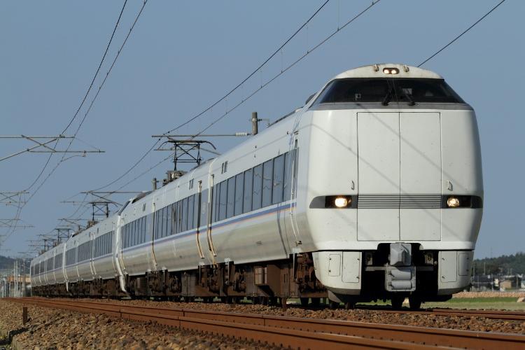 Hokuriku475 044 (750x500)