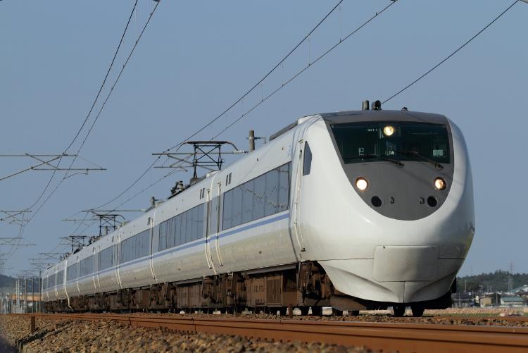 Hokuriku475 048 (750x501)