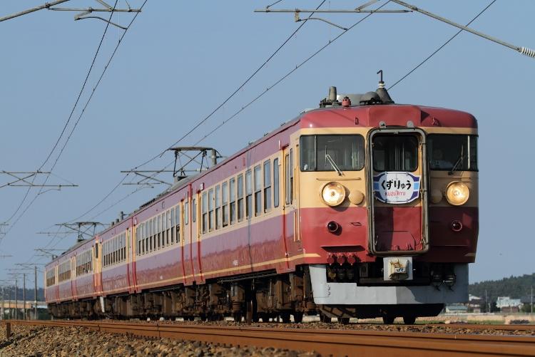 Hokuriku475 051 (750x501)