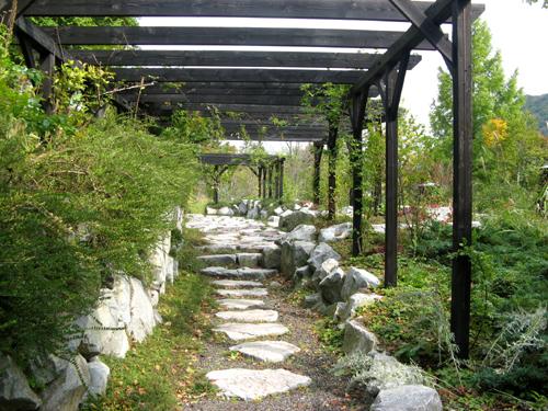 軽井沢レイクガーデン石と砂利-6
