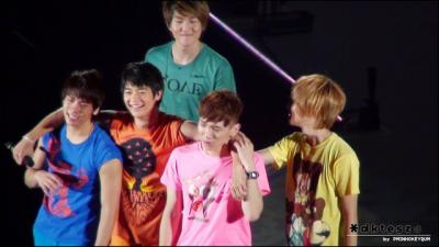 SHINee+crying2_convert_20130530220558.jpg