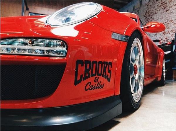 crooks_image4.jpg