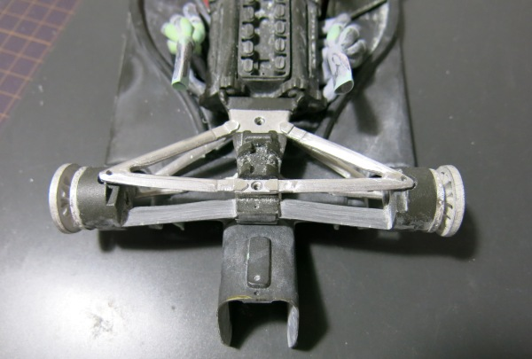 F2002 8 (1)