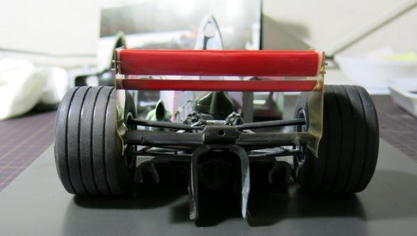 F2002 24 (10)