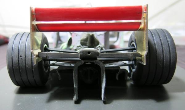F2002 25 (1)