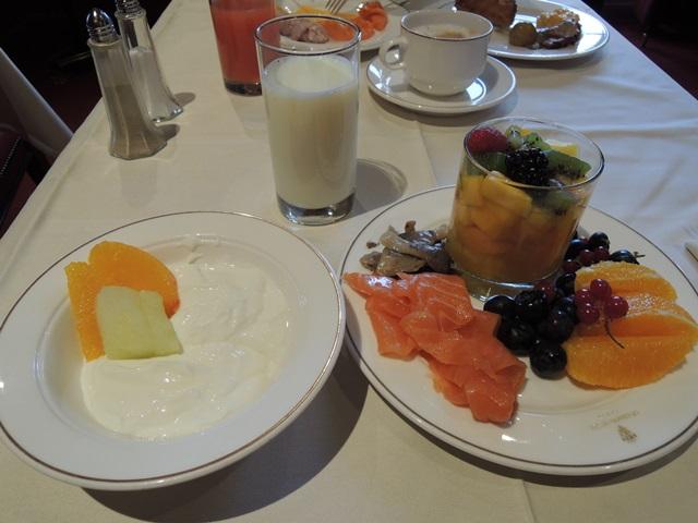 ラウンジ 朝食6