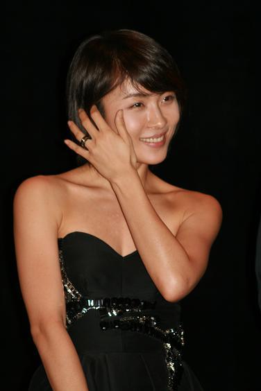 ハ・ジウォンの指輪画像1
