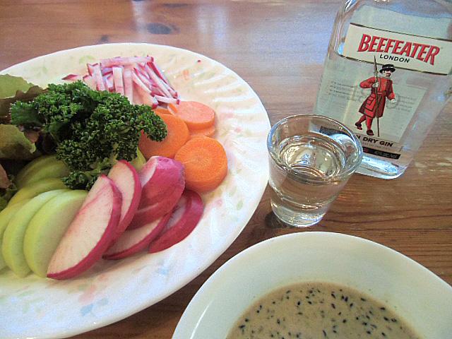 生野菜とジン