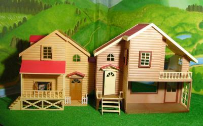 赤い屋根の大きなお家赤い屋根のお家1