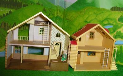 赤い屋根の大きなお家赤い屋根のお家2