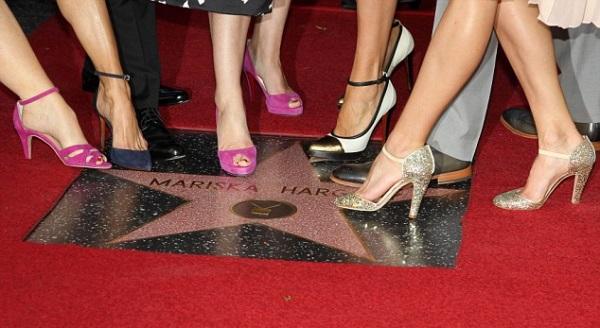 Mariska-Hargitay-in-Lanvin-Star-on-The-Hollywood-Walk-of-Fame-8.jpg