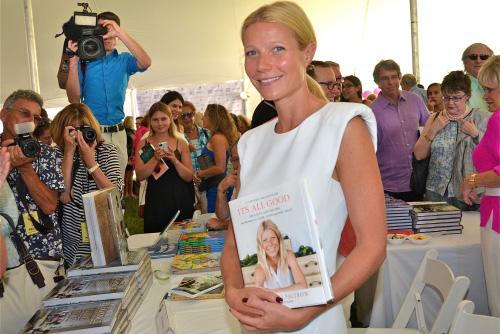 gwyneth-paltrow-authors-night-02.jpg