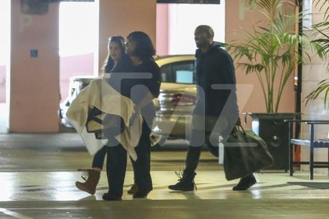 kim-kardashian-kanye-west-spotted-081413-02.jpg