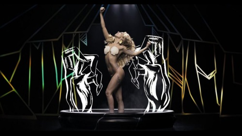 lady-gaga-applause-03.jpg