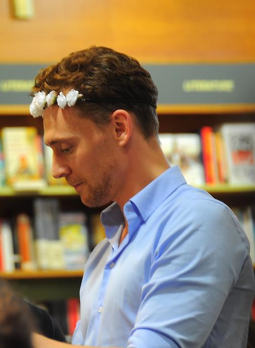 tom-hiddleston-03.jpg