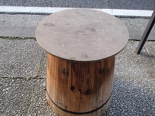 樽テーブル (3)