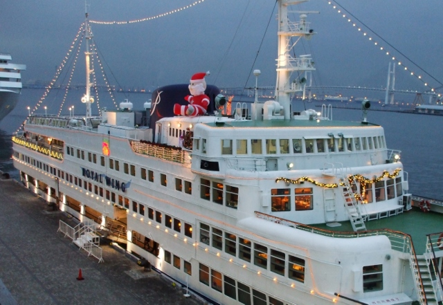 DSCF2511 (640x441)横浜港船はもうクリスマス