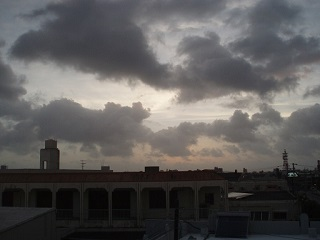 20130711広小路より嵐の前の空
