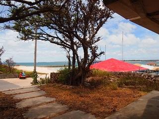 201307休憩場から赤い屋根