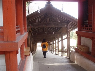 20090310吉備津神社直美回廊後