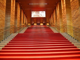 大阪フェスティバルホール階段