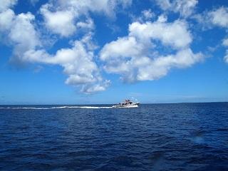 20130701ダイビング船疾走