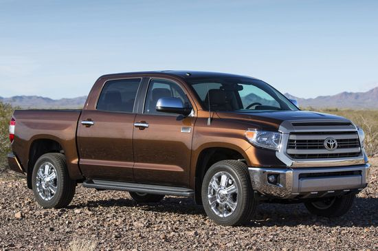 2014-Toyota-Tundra-front-three-quarter_201308271934079dc.jpg