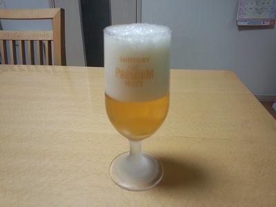 ビール1回目注ぎ終わり
