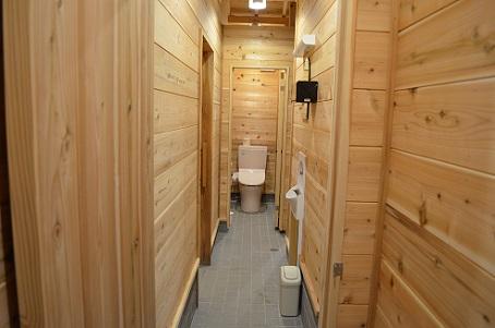 囲炉裏横トイレ 増設