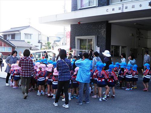 2013_11_07_防災パレード07