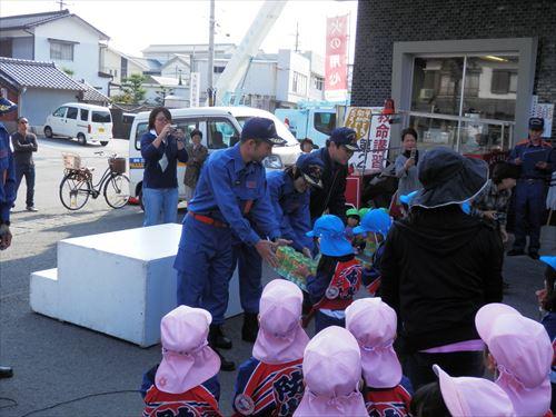 2013_11_07_防災パレード11