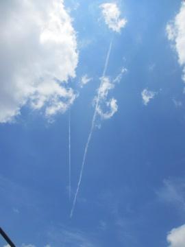トリプル飛行機雲