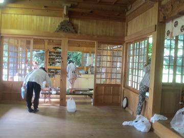 夏越し祭前の掃除2