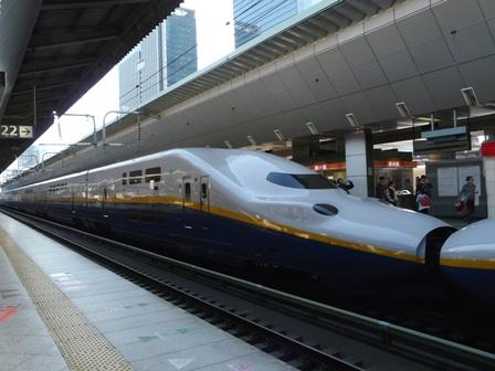 新幹線 E4系 2
