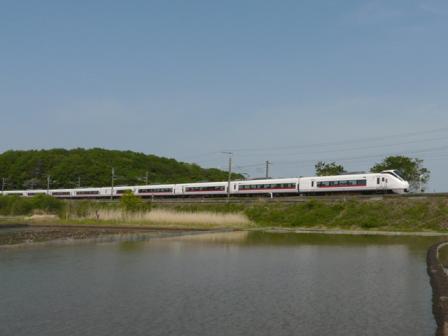 E657系電車 1