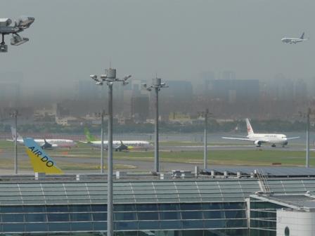 羽田空港第二ターミナル 展望デッキにて 10