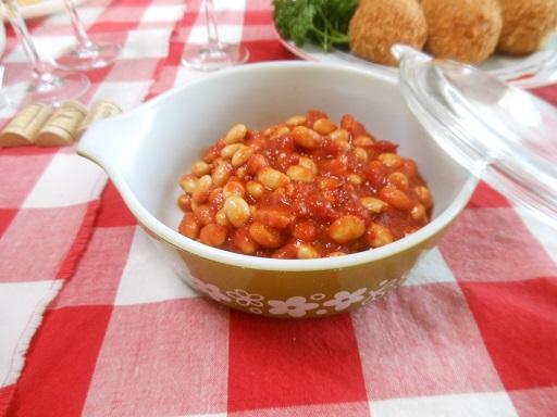 豆のトマト煮