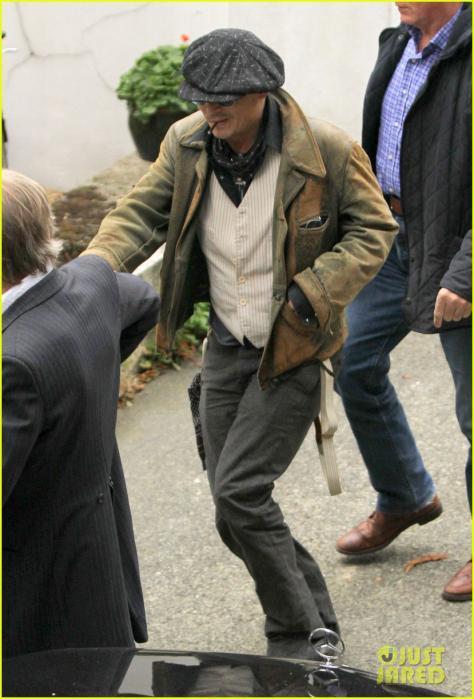 johnny-depp-sells-fox-comedy-pilot-04.jpg
