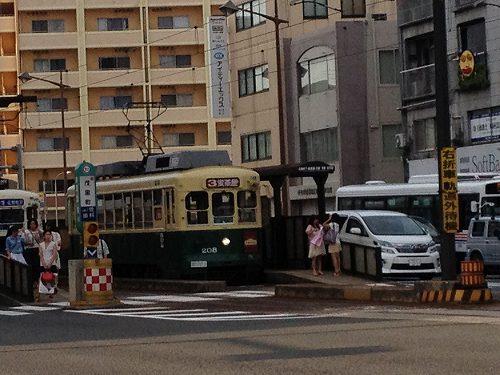 長崎茂里町電車停留所