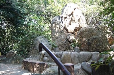 越木岩神社5