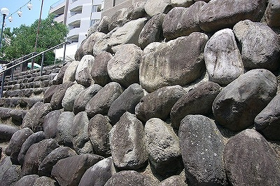 中島川の石垣
